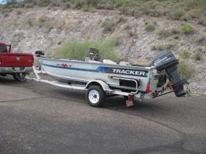 17FT BassTracker Pro Deep V Aluminum Boat